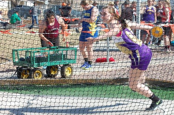 Eads senior Mariah Smith won the discus championship at the La Junta Relays with a 118' 1 effort.  (Photo credit: Glenda Stoker)